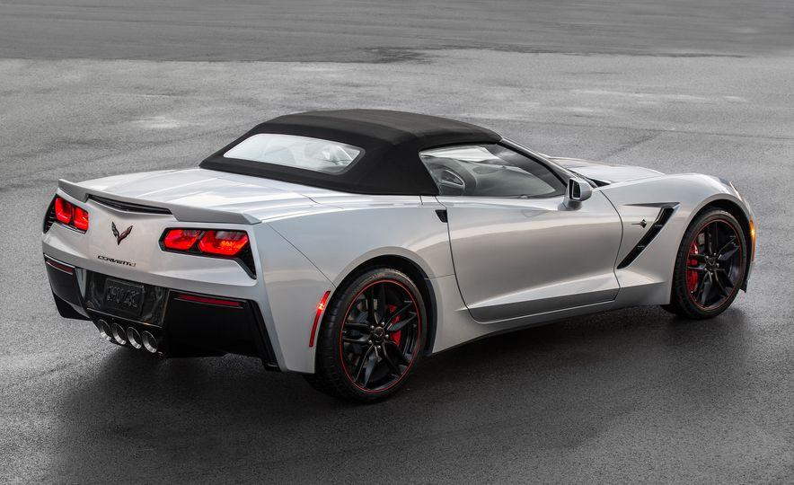 2016 Chevrolet Corvette convertible - Slide 2