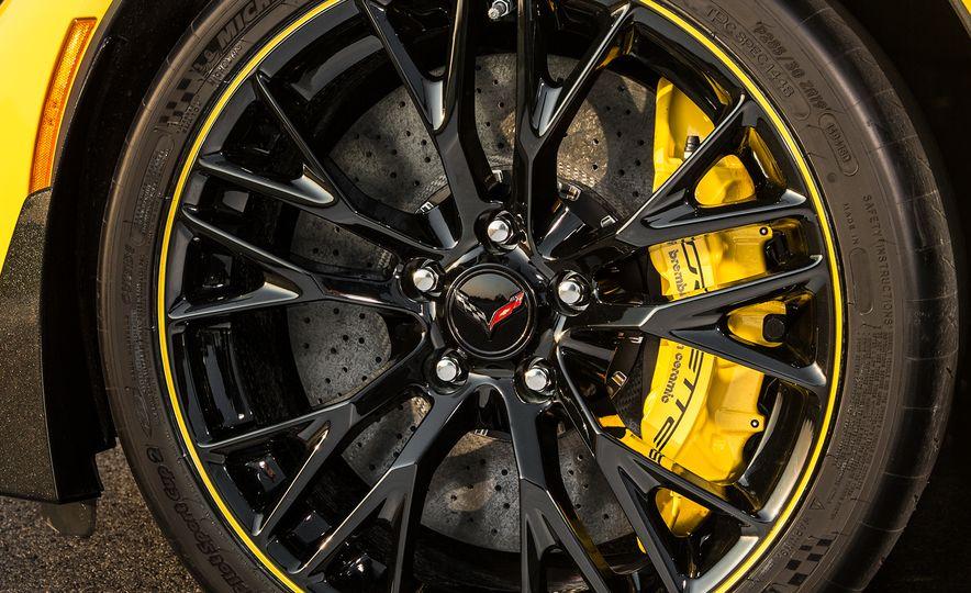 2016 Chevrolet Corvette convertible - Slide 20