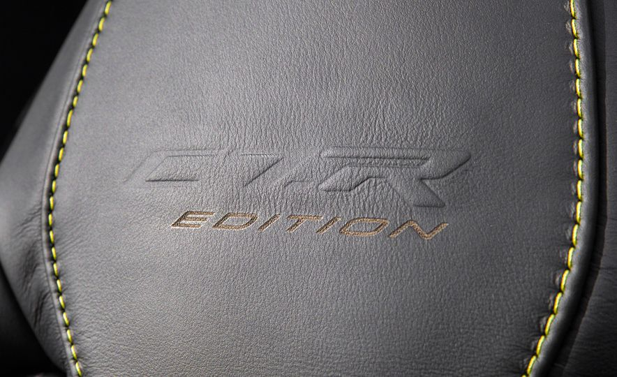2016 Chevrolet Corvette convertible - Slide 21