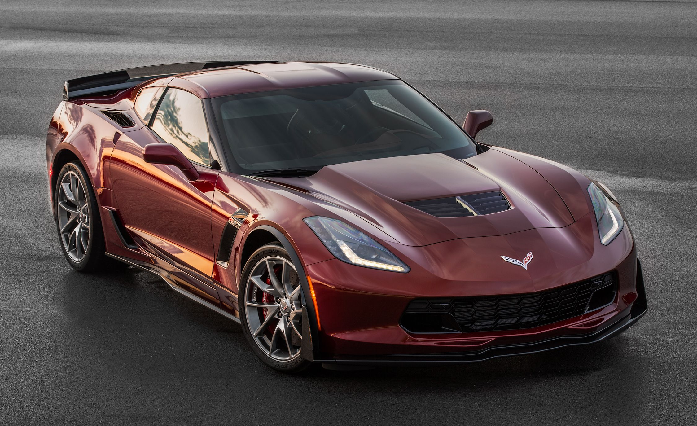 New car colors 2016 - Red Black And Blue 2016 Corvette And Z06 Offer New Design Packages