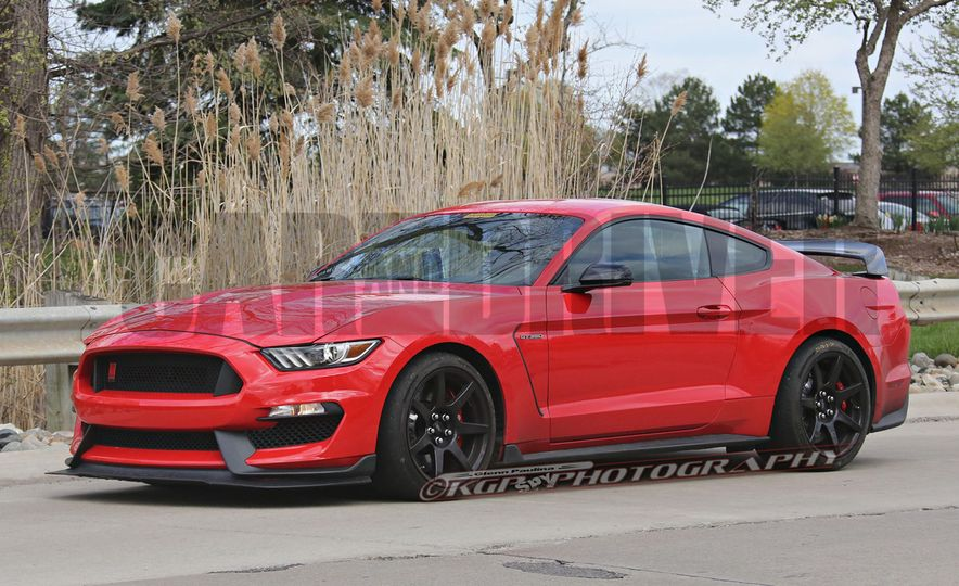 2016 Ford Mustang GT350R (spy photo) - Slide 8