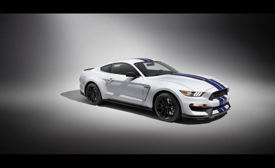 2016 Ford Mustang Shelby GT350R - Slide 43
