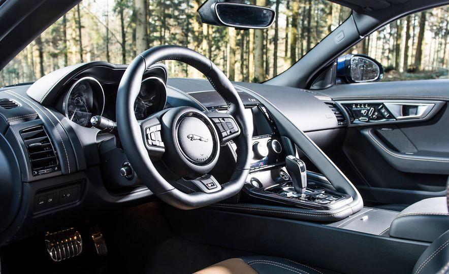 2016 Jaguar F-type R coupe, 2015 Porsche 911 Carrera GTS, and 2016 Mercedes-AMG GT S - Slide 22