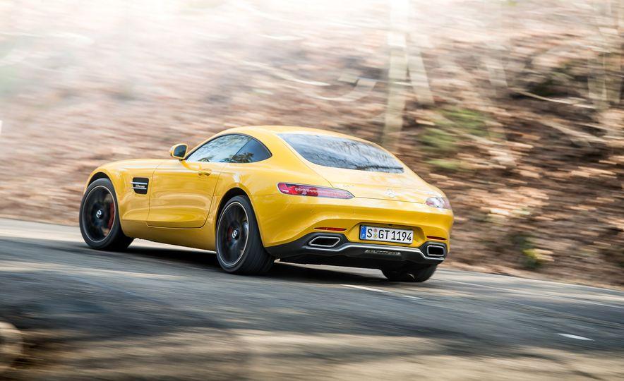 2016 Jaguar F-type R coupe, 2015 Porsche 911 Carrera GTS, and 2016 Mercedes-AMG GT S - Slide 31