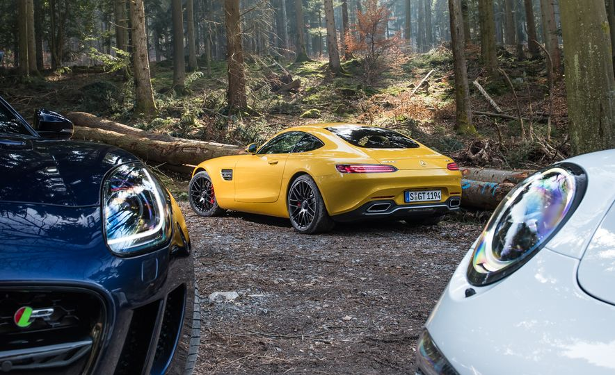 2016 Jaguar F-type R coupe, 2015 Porsche 911 Carrera GTS, and 2016 Mercedes-AMG GT S - Slide 31