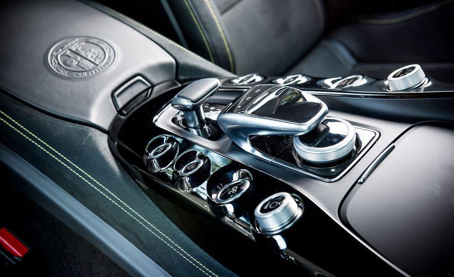 2016 Jaguar F-type R coupe, 2015 Porsche 911 Carrera GTS, and 2016 Mercedes-AMG GT S - Slide 39
