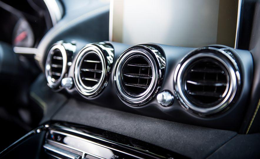 2016 Jaguar F-type R coupe, 2015 Porsche 911 Carrera GTS, and 2016 Mercedes-AMG GT S - Slide 40