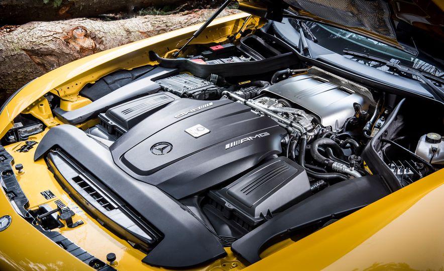 2016 Jaguar F-type R coupe, 2015 Porsche 911 Carrera GTS, and 2016 Mercedes-AMG GT S - Slide 42