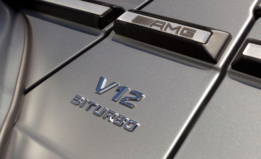2016 Mercedes-Benz G65 AMG - Slide 15