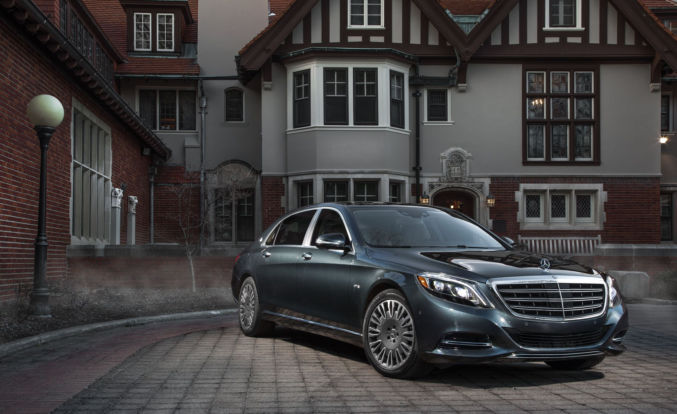 2016 Mercedes-Maybach S600 First Drive | Review | Car and Driver