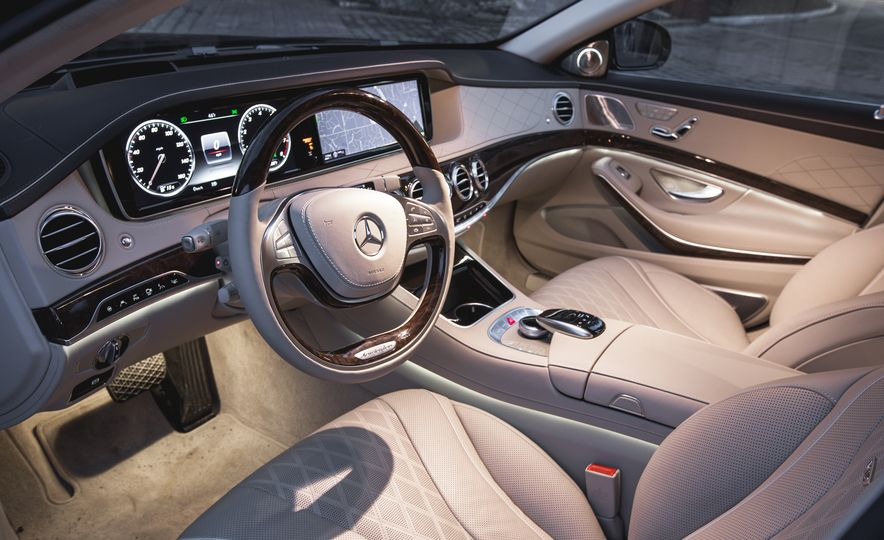 2016 Mercedes-Maybach S600 - Slide 13