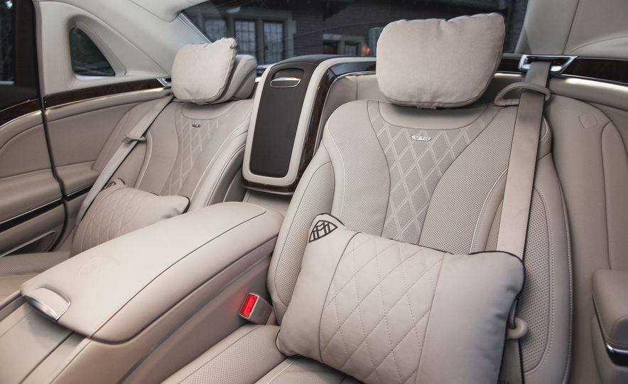 2016 Mercedes-Maybach S600 - Slide 15