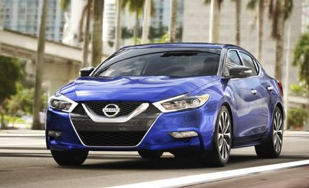 2016 Nissan Maxima Configurator Is Maximally Online for Maximum Maxima