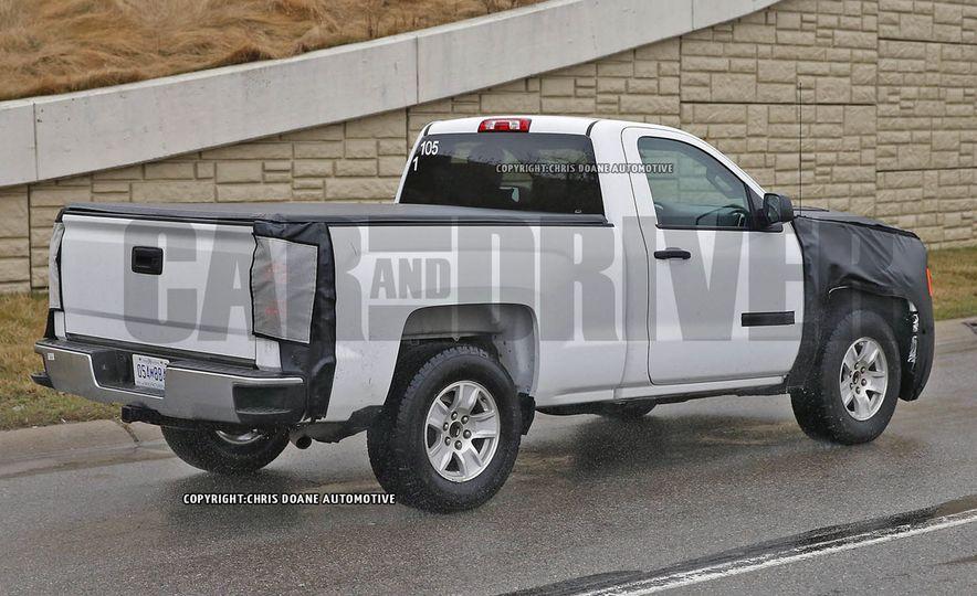 2016 Chevrolet Silverado 1500 (spy photo) - Slide 7