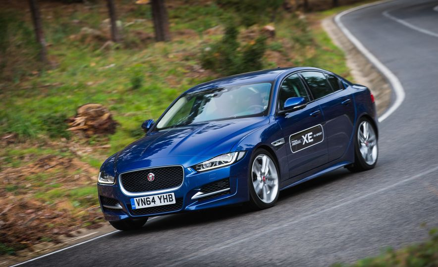 2017 Jaguar XE S Type (Euro-spec) - Slide 39