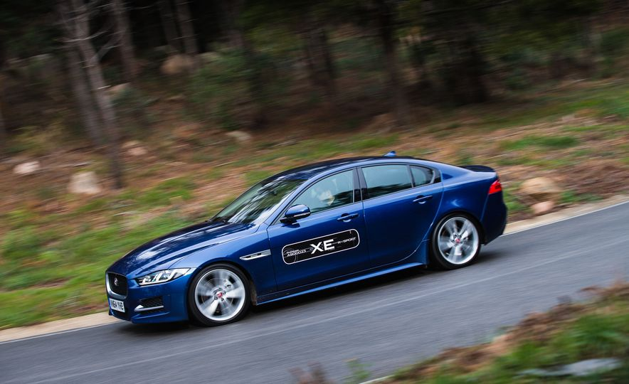 2017 Jaguar XE S Type (Euro-spec) - Slide 40