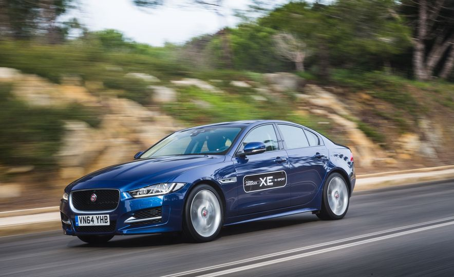 2017 Jaguar XE S Type (Euro-spec) - Slide 41