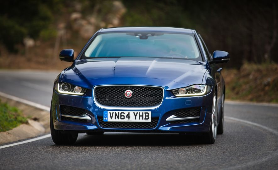 2017 Jaguar XE S Type (Euro-spec) - Slide 42