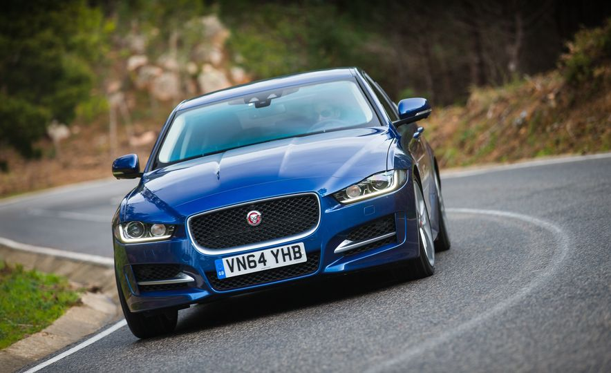 2017 Jaguar XE S Type (Euro-spec) - Slide 43