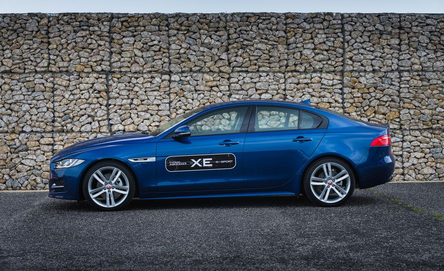 2017 Jaguar XE S Type (Euro-spec) - Slide 61