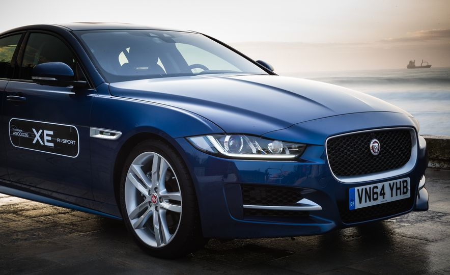 2017 Jaguar XE S Type (Euro-spec) - Slide 64