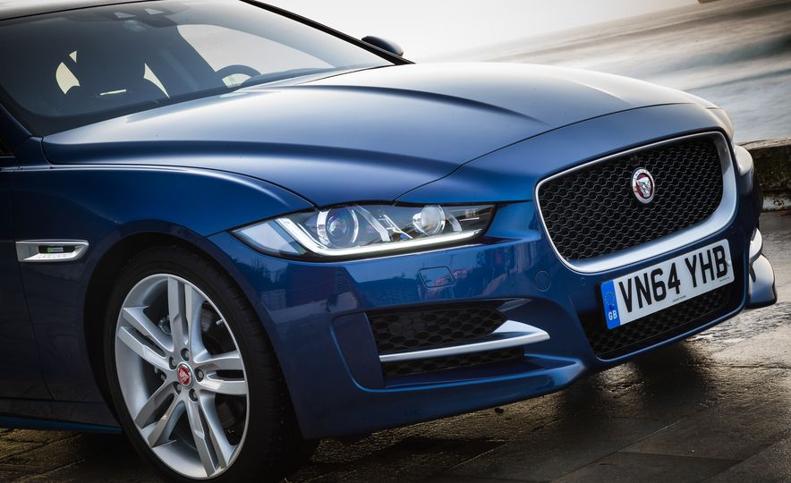 2017 Jaguar XE S Type (Euro-spec) - Slide 65