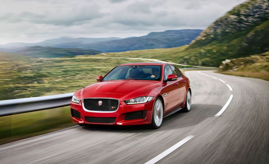 2017 Jaguar XE S Type (Euro-spec) - Slide 3