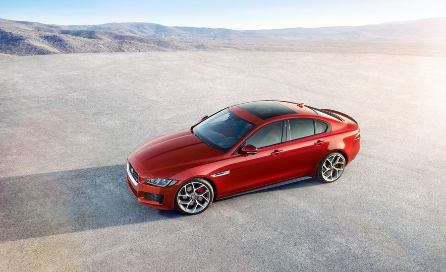 2017 Jaguar XE S Type (Euro-spec) - Slide 10