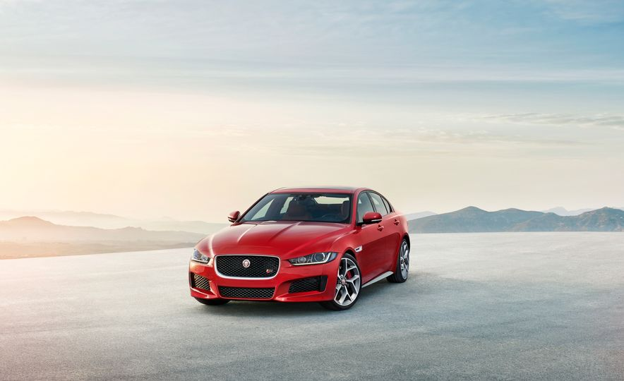 2017 Jaguar XE S Type (Euro-spec) - Slide 11