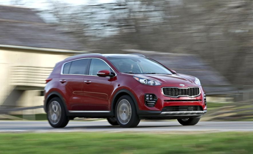 Practicality Matters Every Compact Crossover Suv Ranked From Worst To Best Slide 13