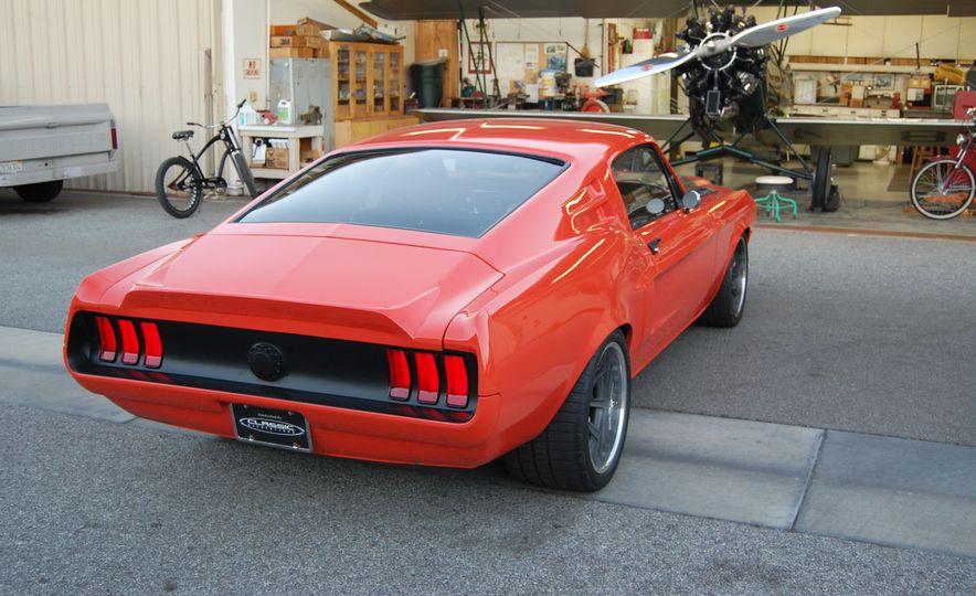 CR Supercars 1968 Ford Mustang Villain - Slide 8