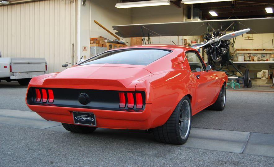 CR Supercars 1968 Ford Mustang Villain - Slide 10