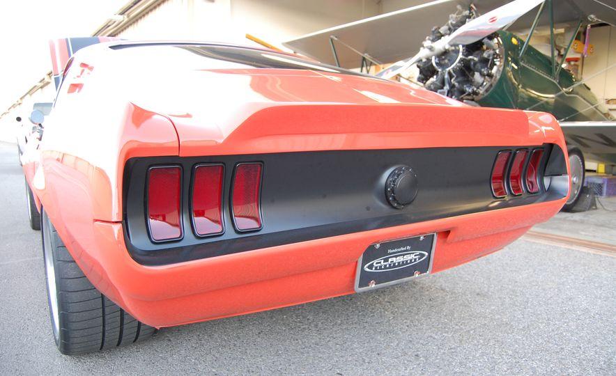 CR Supercars 1968 Ford Mustang Villain - Slide 15