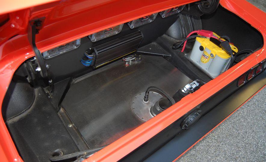 CR Supercars 1968 Ford Mustang Villain - Slide 17