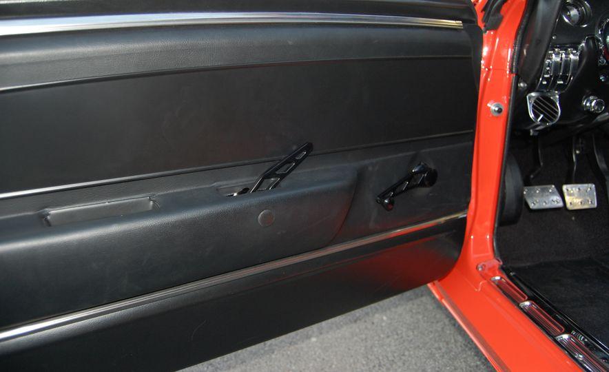CR Supercars 1968 Ford Mustang Villain - Slide 20