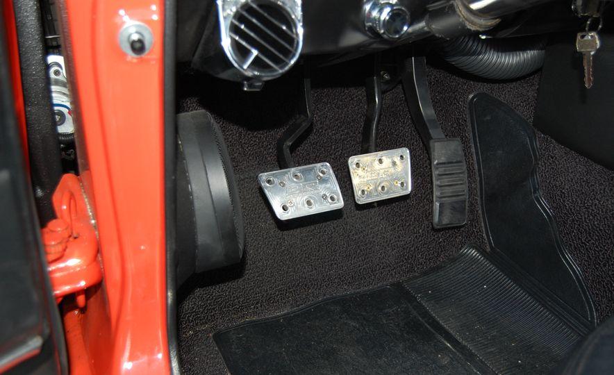 CR Supercars 1968 Ford Mustang Villain - Slide 21