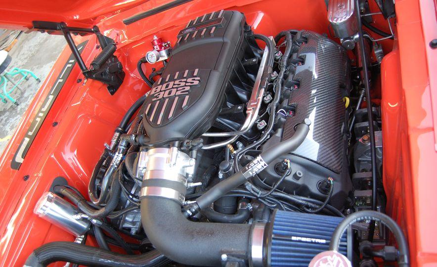 CR Supercars 1968 Ford Mustang Villain - Slide 25