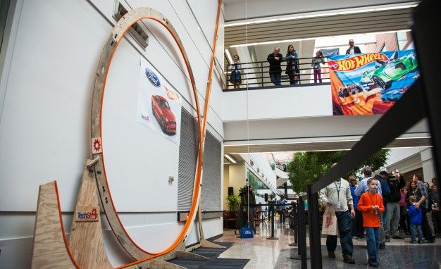 Ford Engineer-and-Son Duo Sets World Record for Hot Wheels Loop ...