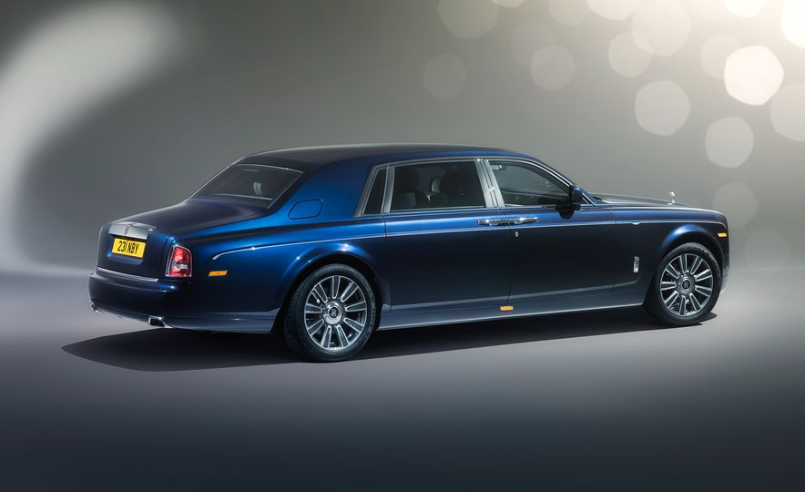 Rolls-Royce Phantom Limelight Edition - Slide 2