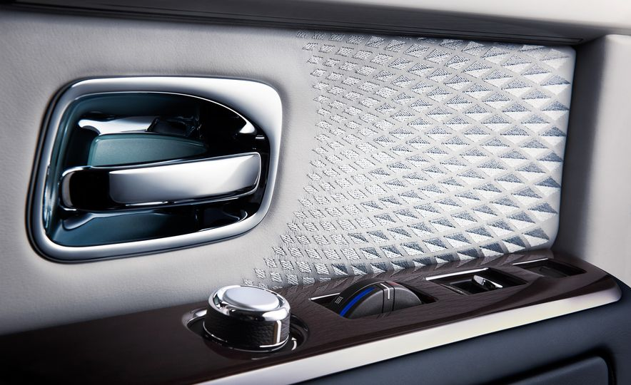 Rolls-Royce Phantom Limelight Edition - Slide 15
