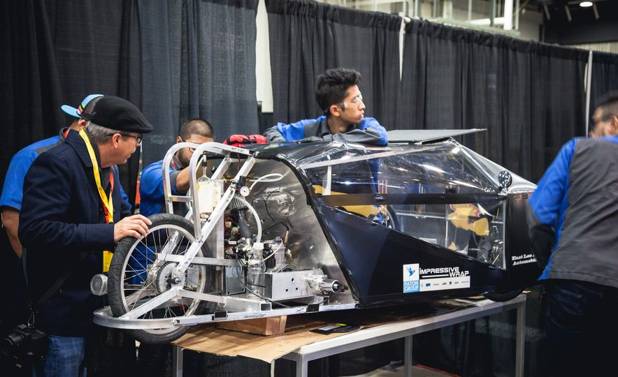 Shell Eco-Marathon: Cars Like You Wouldn't Believe—Or Fit In - Slide 40