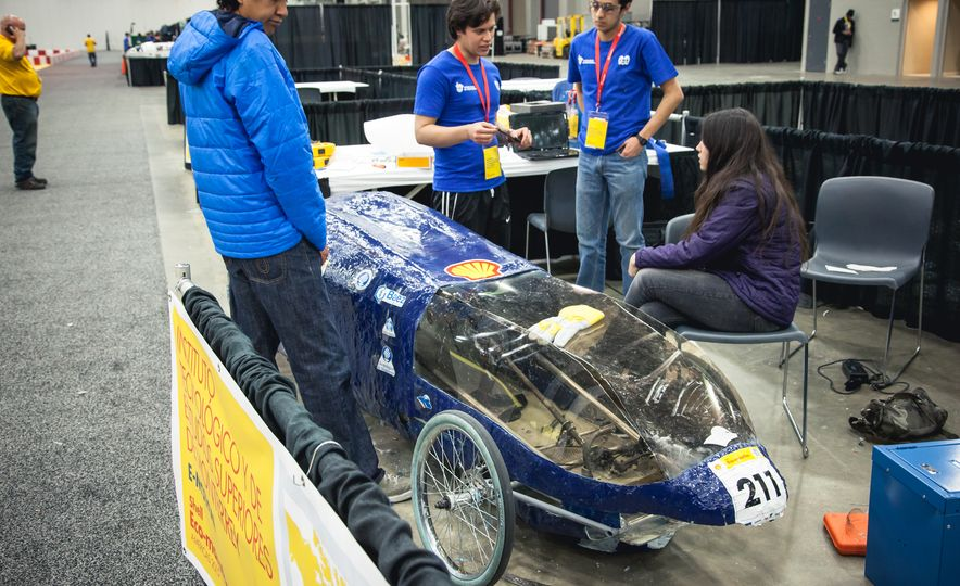 Shell Eco-Marathon: Cars Like You Wouldn't Believe—Or Fit In - Slide 46