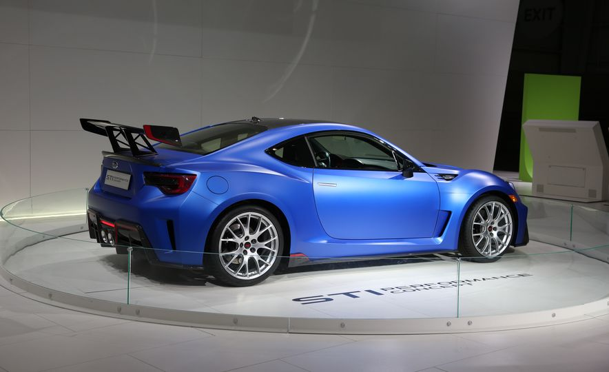 Subaru STI Performance concept - Slide 7