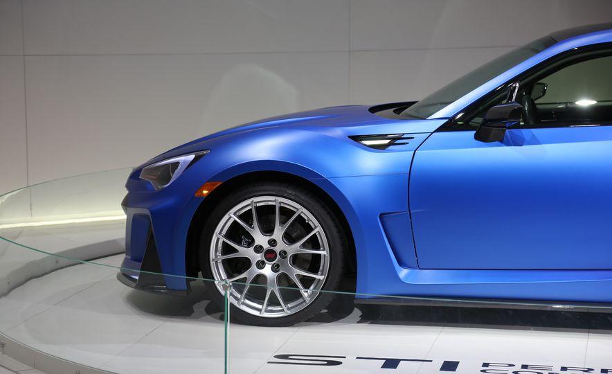Subaru STI Performance concept - Slide 13