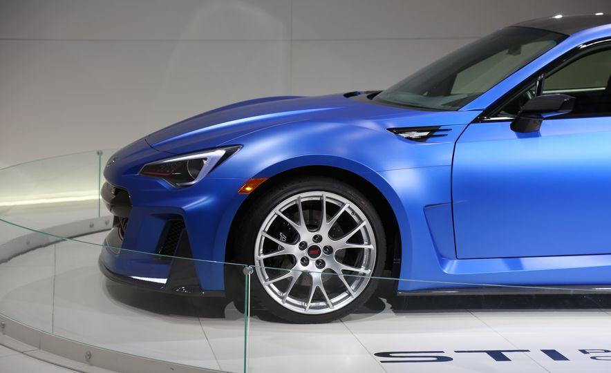 Subaru STI Performance concept - Slide 14