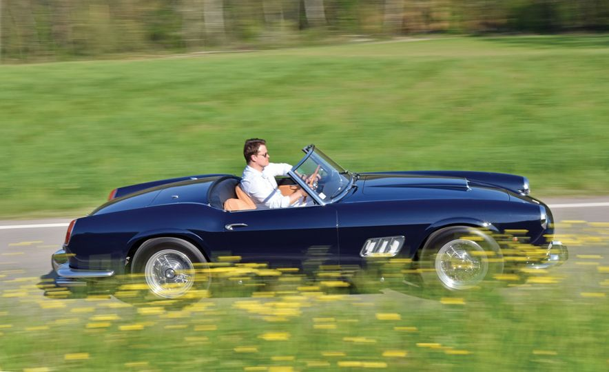 1961 Ferrari 250GT SWB California Spider - Slide 1