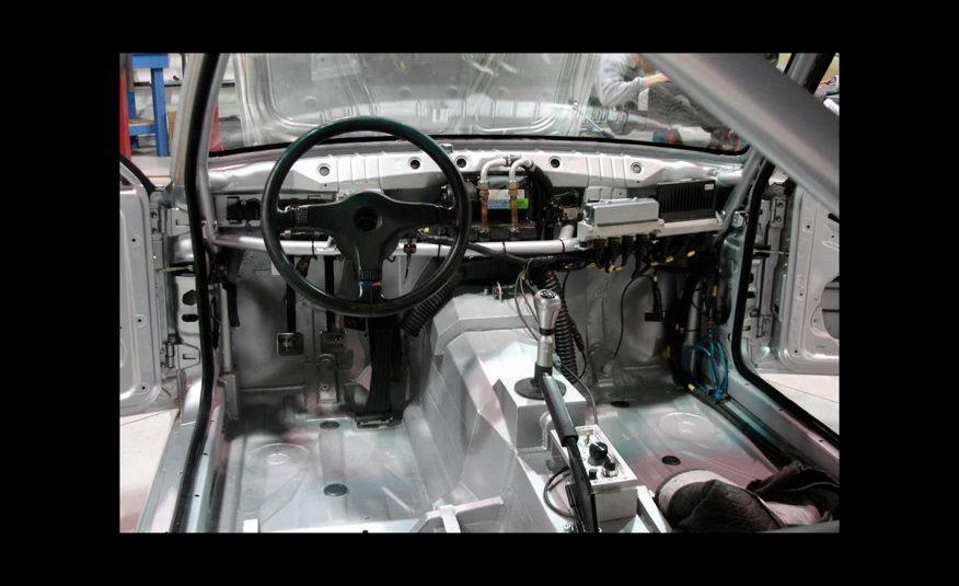 1989 BMW M3 V-10 - Slide 8