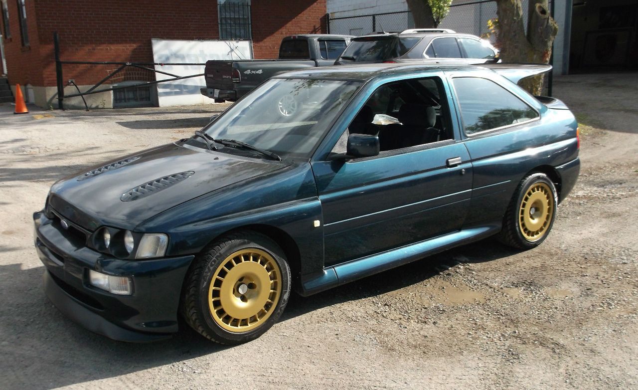 1992 Ford Escort Cosworth rally car Pictures | Photo Gallery | Car and Driver & 1992 Ford Escort Cosworth rally car Pictures | Photo Gallery | Car ... markmcfarlin.com