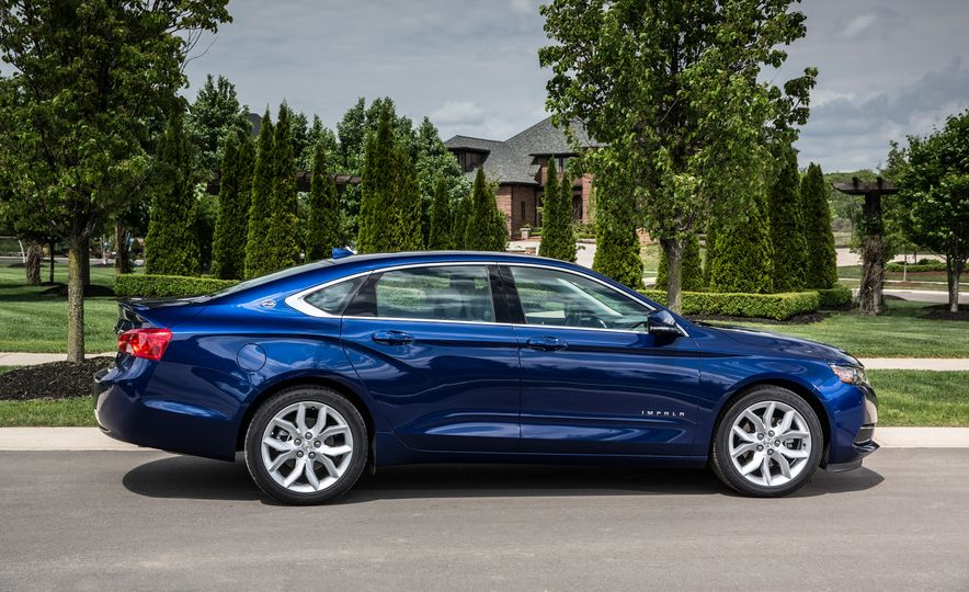 Bargain Beauties: The 10 Best-Looking Cars Under $35,000 - Slide 7