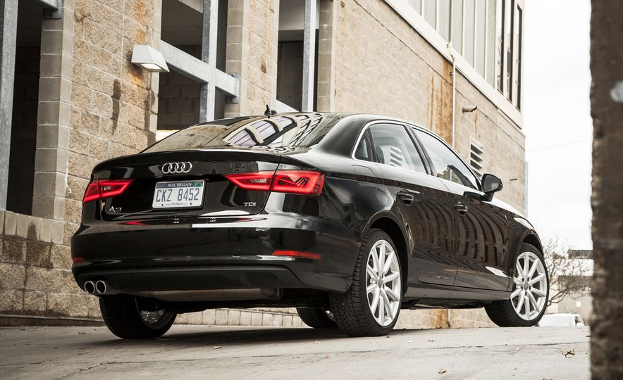 Bargain Beauties: The 10 Best-Looking Cars Under $35,000 - Slide 3